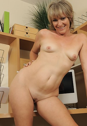 Naked Moms With Small Tits